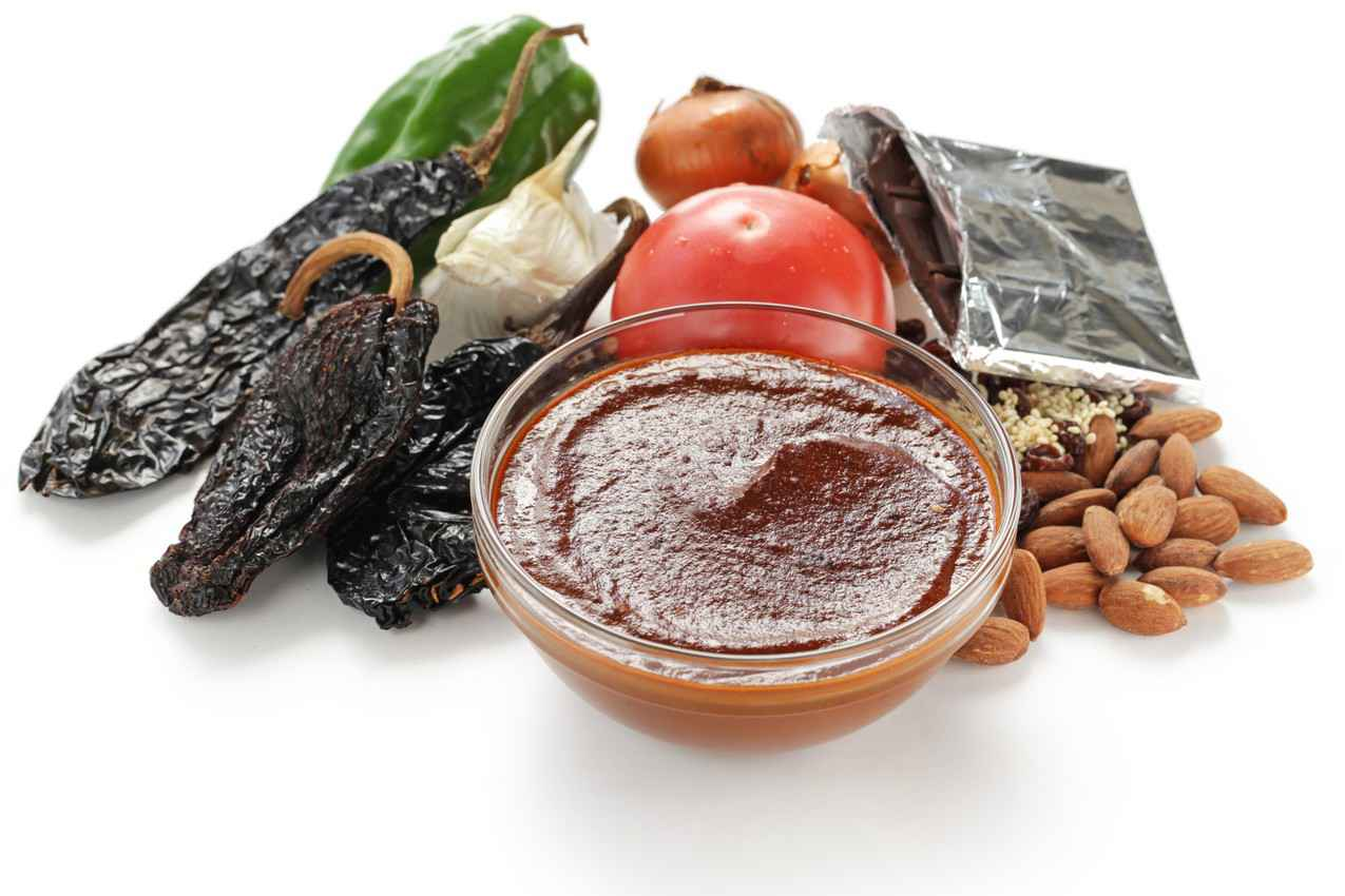 mole-sauce-ingredients