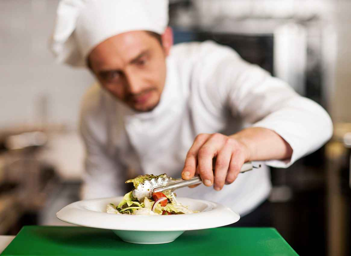 The opportunity to have a private chef for guests.