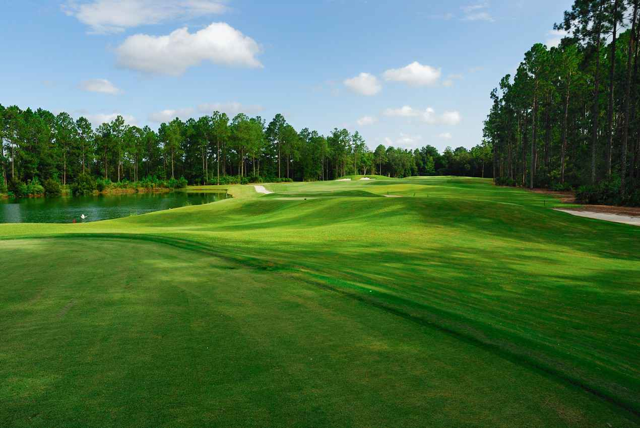 A good view of one of the beautiful golf courses near Playa Del Carmen.