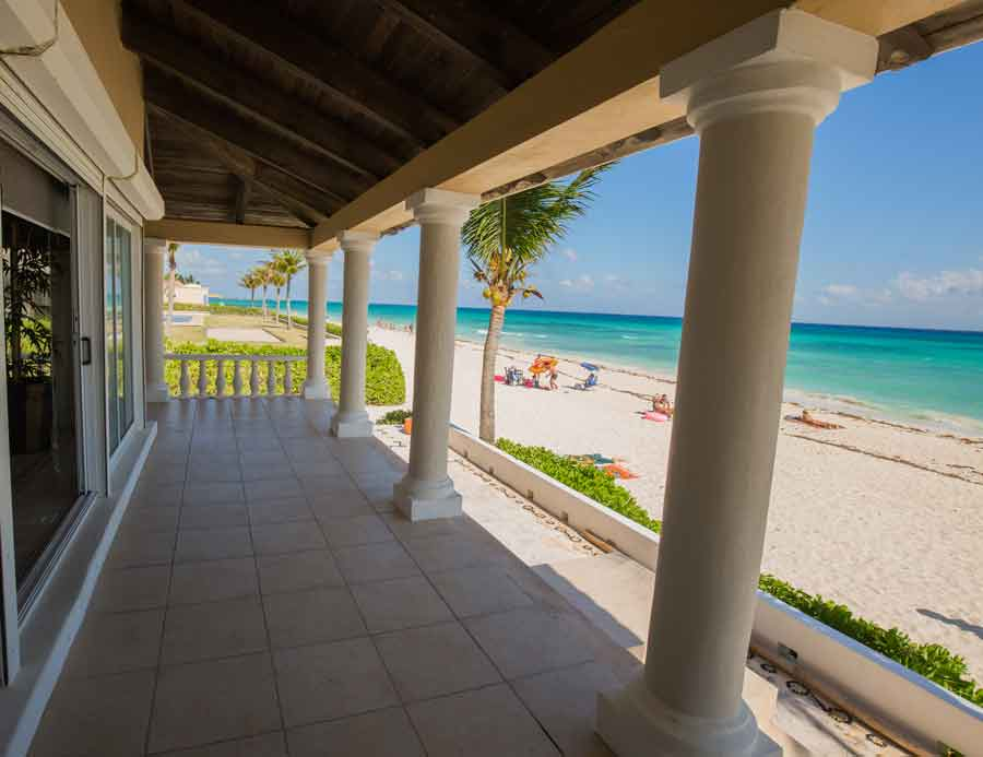 view-of-beach-from-front-porch-of-villa-del-mar-vacation-rental-in-playa-del-carmen