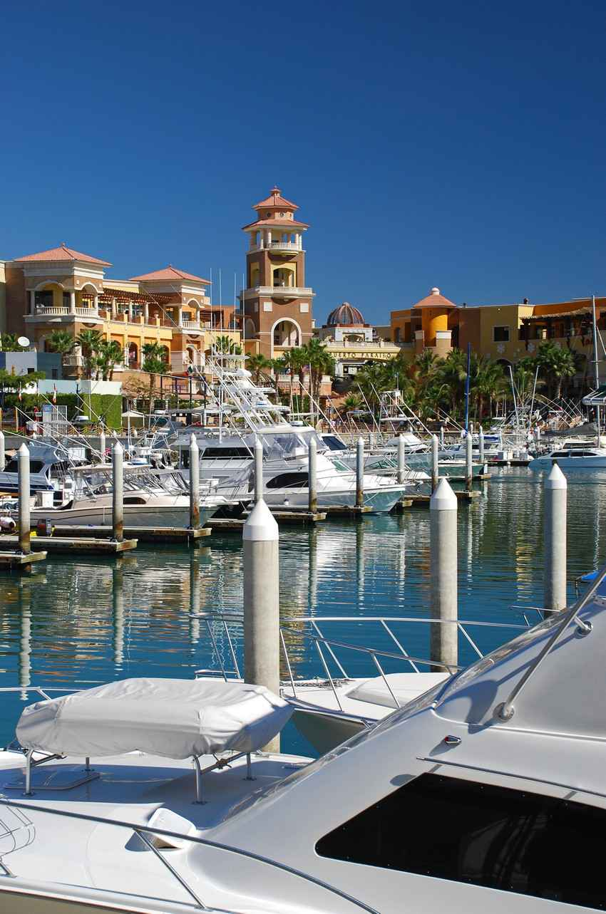 A row of boat slips in the Puerto Aventuras marina.