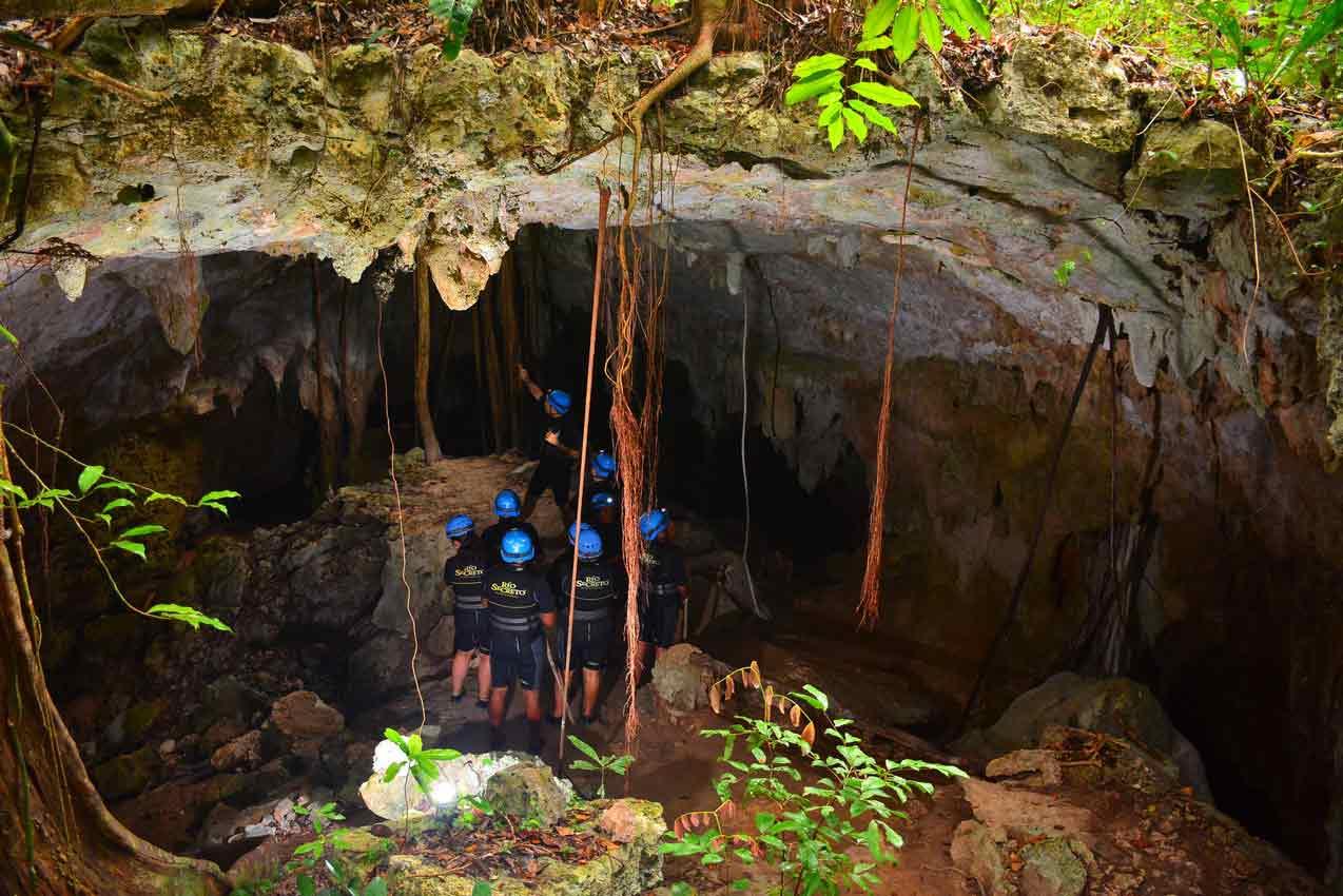 group-of-rio-secreto-participants-entering-cave-near-playa-del-carmen-mexico