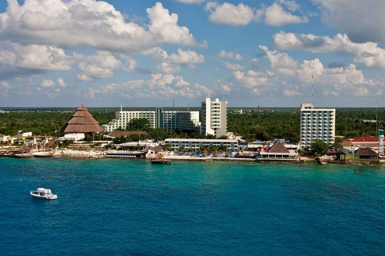 An aerial view of the Cozumel shoreline.