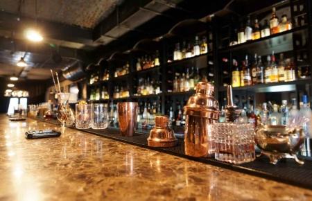 A fancy bar in downtown Playa Del Carmen.
