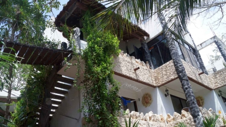 A beautiful condo for rent in downtown Playa Del Carmen.