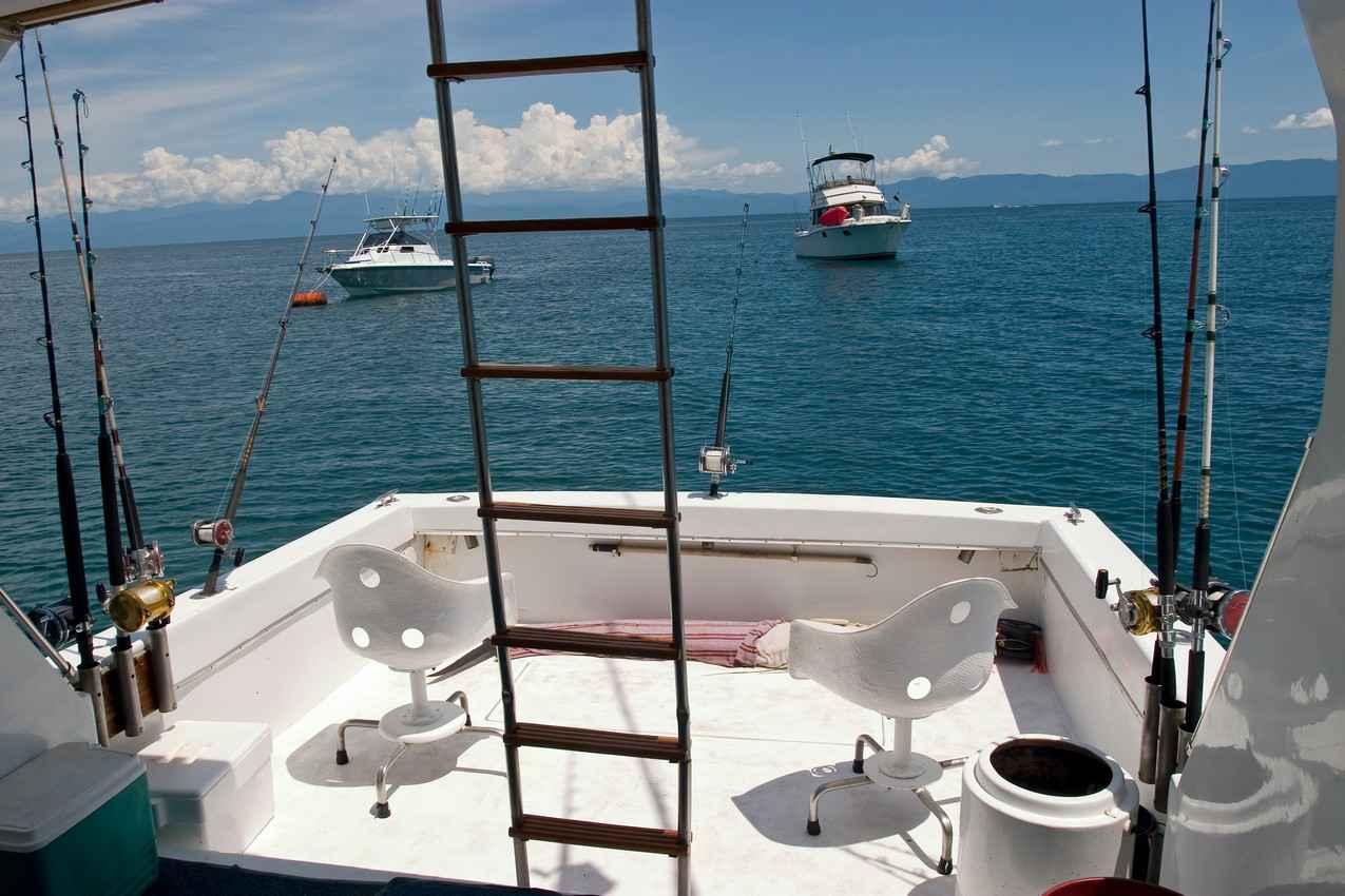 Playa del carmen deep sea fishing for Sea fishing boats