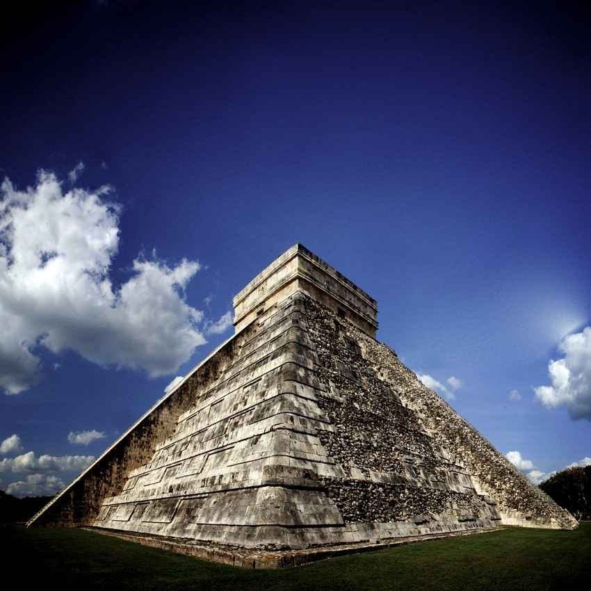 The largest pyramid at Chichen Itza named El Castillo