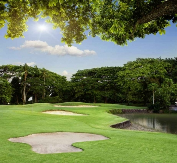 A photograph that demonstrates the challenges of one of the golf courses near Playa Del Carmen.