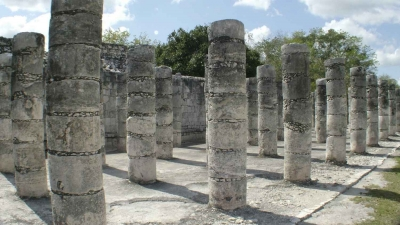 Rows and rows of columns at the Chichen Itza ruins.